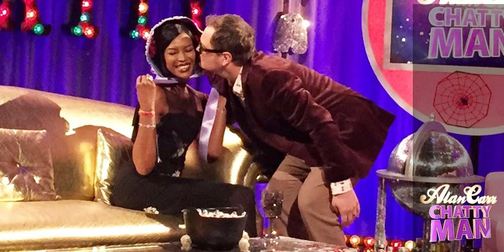 RT @chattyman: Only @AlanCarr could get @NaomiCampbell in a BONNET!! Find out why on #chattyman tomorrow!! Sam x http://t.co/JKUcTU3gwx