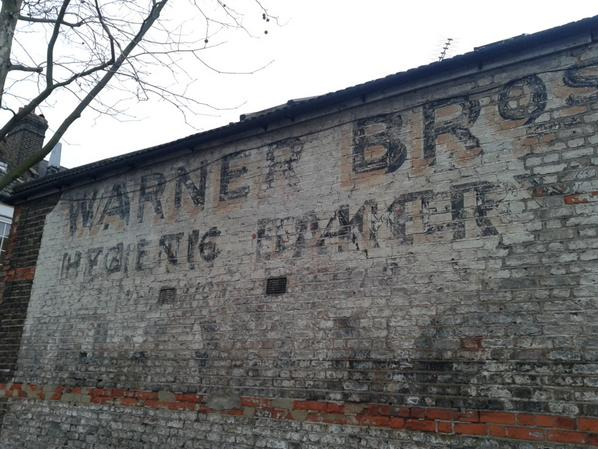 Apologies to whoever was searching for haunted Catford but stumbled across #ghostsign http://t.co/5qcNC3IN6y http://t.co/jCcUk8tJip