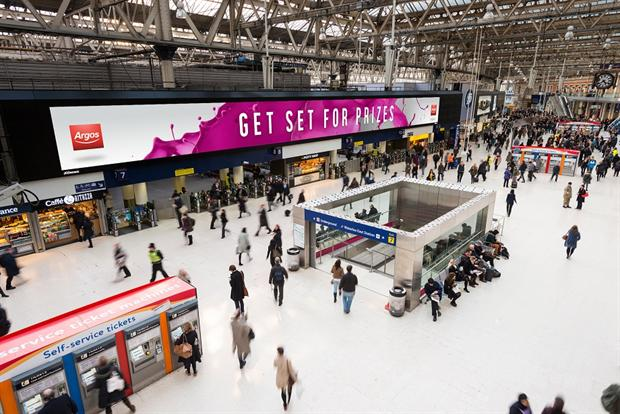 Argos' experiential campaign gets commuters playing at Waterloo - read more: http://t.co/Z2T7lAWSMd #marketing http://t.co/j1iBgtsnle