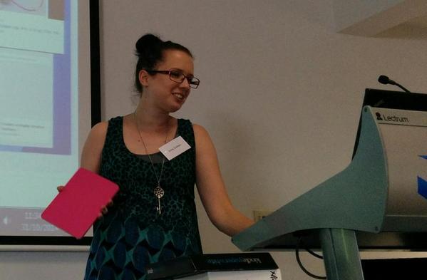 Emily Durham @MsDClassroom shares for The Connectibles at #TL21C. #vicpln #edtech http://t.co/FUBOIXMfVY