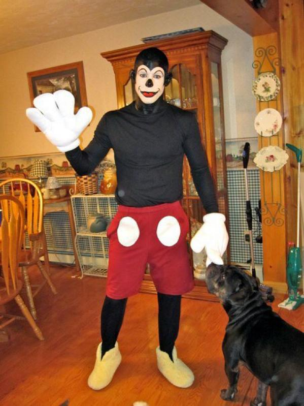 Joe Lauzon on Twitter  #tbt to the creepiest Mickey Mouse costume you will ever see //t.co/kDK6pTT40v //t.co/h59JTtIL0v   sc 1 st  Twitter : mickey mouse male costume  - Germanpascual.Com