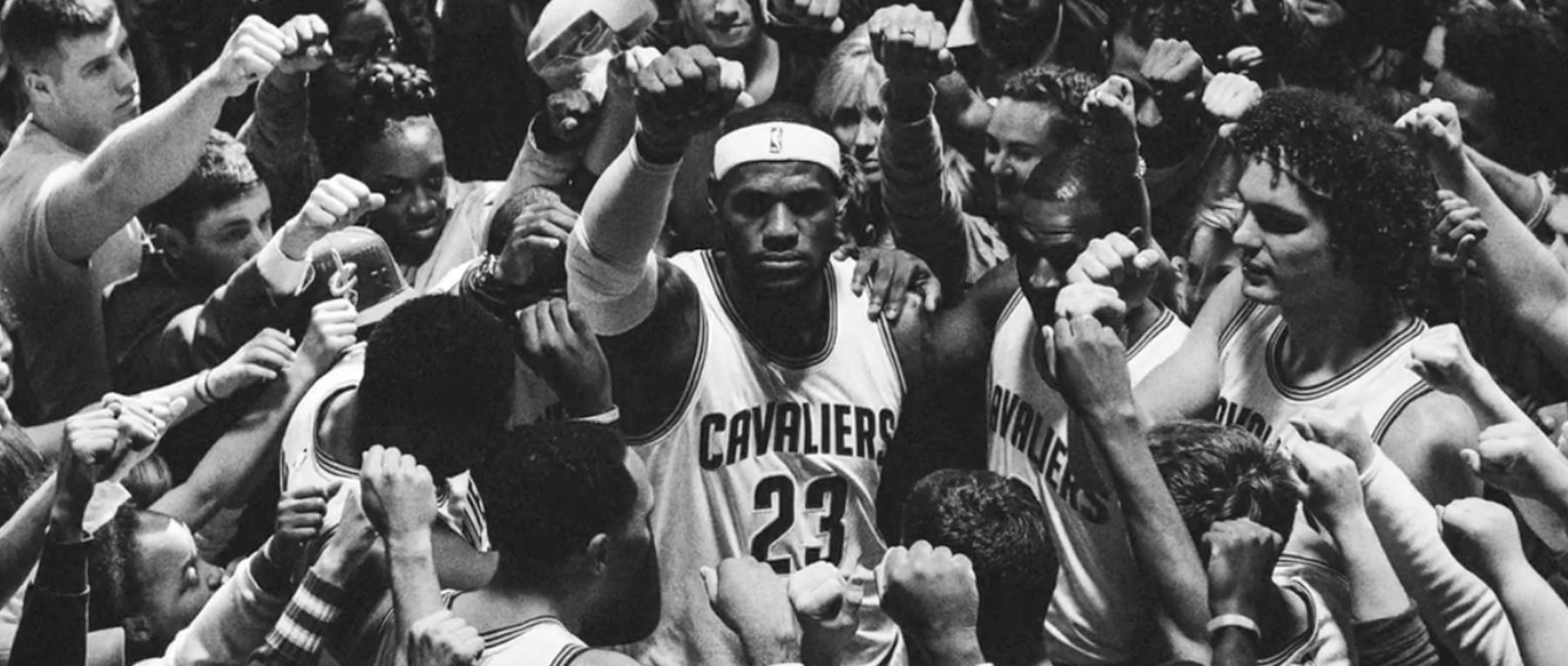 Watch Nike's short film celebrating @KingJames return to Cleveland http://t.co/gyCUnUQJmj http://t.co/dK5o5kUpHt
