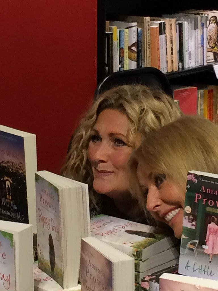 RT @Poopzee007: @carolvorders supporting her best friend @MrsAmandaProwse at Waterstones, Bath yesterday eve #aspecialfriendship http://t.c…