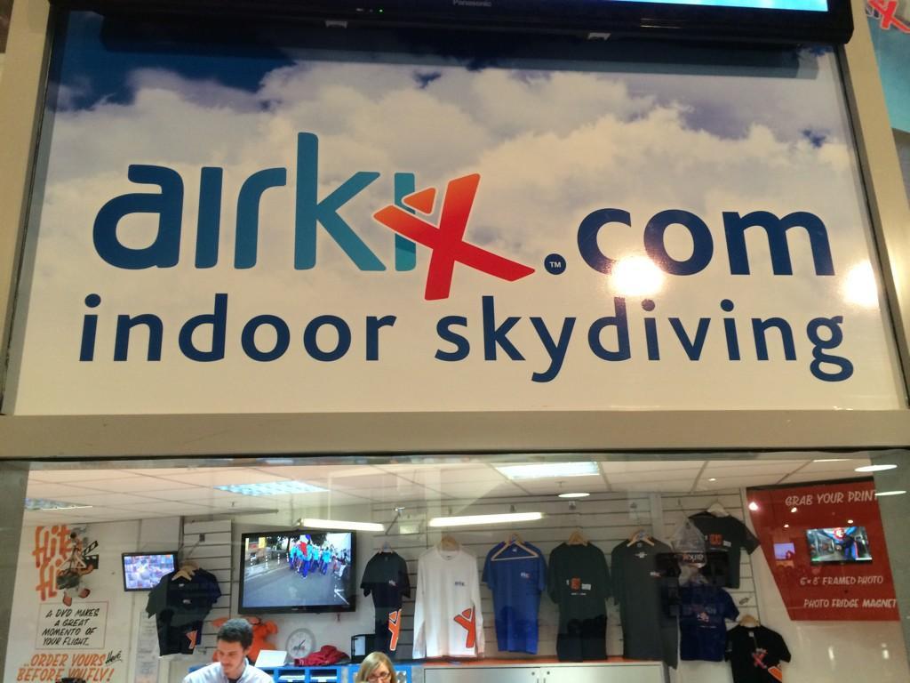 We've arrived... #alphabetdating @Airkix http://t.co/tu6t8sFJUv