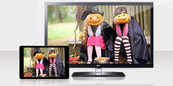 Your #Halloween photos deserve the big screen. Share them on your TV with #SkySnapshots RT to win an #iPadAir http://t.co/MCdoCTRafD