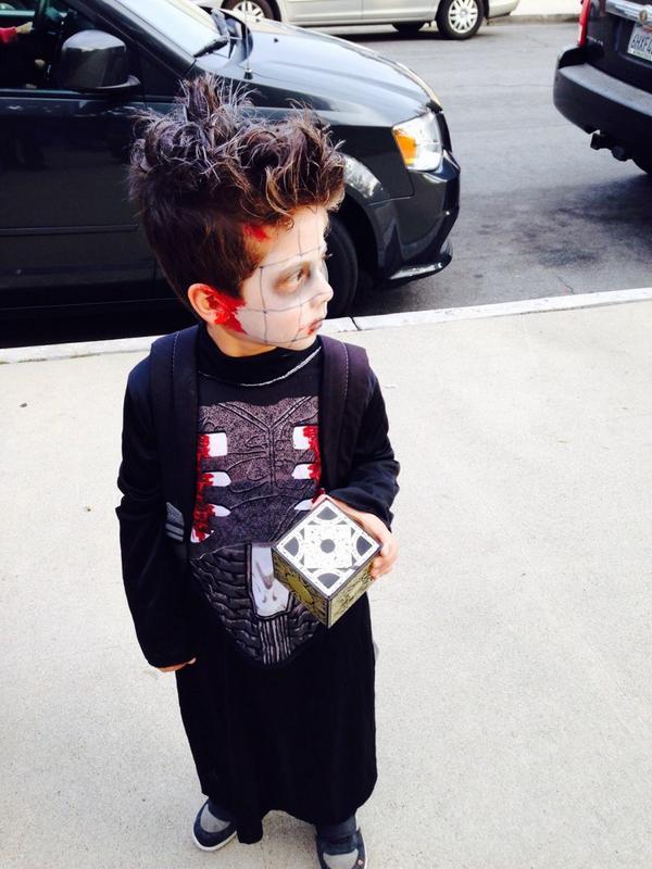 I'll tear your lunchbox...apart!!!! #hellraiser #pinhead #halloween http://t.co/N49JdtFB7b