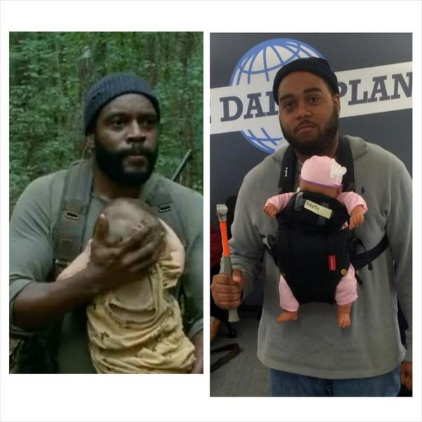 My friend @AndrewKam dressed up as Tyrese from @TheWalkingDead @ComplexMag #halloween #savejudith #WalkingDead http://t.co/gysJV9bW3J