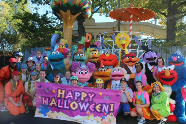 sesame place on twitter wishing a safe and happy halloween to all of the little monsters ghosts and goblins httptcolpyk7ucvrz - Sesame Place Halloween