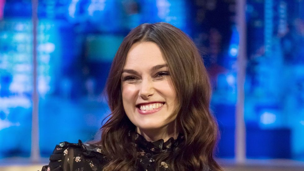 """Keira Knightly: Facebook & Twitter """"creeped me out"""" http://t.co/CEDUkIuSA7 http://t.co/JGg4FAjM0V"""