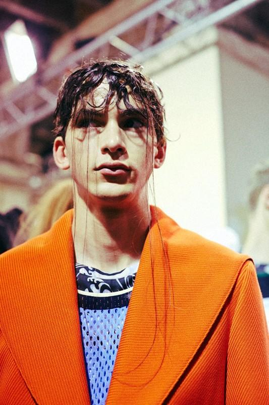 Take yourself back to Raf Simons's groundbreaking SS15 show with this film by @lea_colombo: http://t.co/Ct7QjiCl9b http://t.co/cRbh1I8UxY
