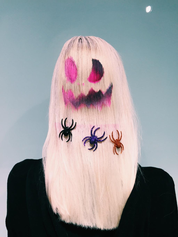 Follow @BLEACHLONDON's five step guide to Halloween hair: http://t.co/LdOyzmktl9 http://t.co/2tsQUVnBrp