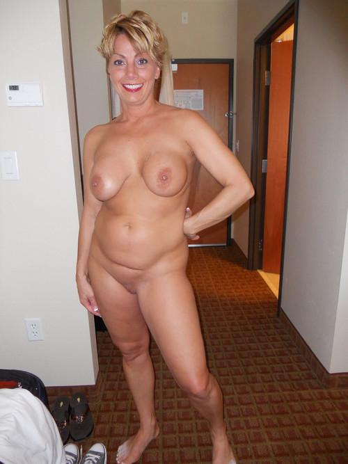 image Bringing shy lonely milf in ecstasy