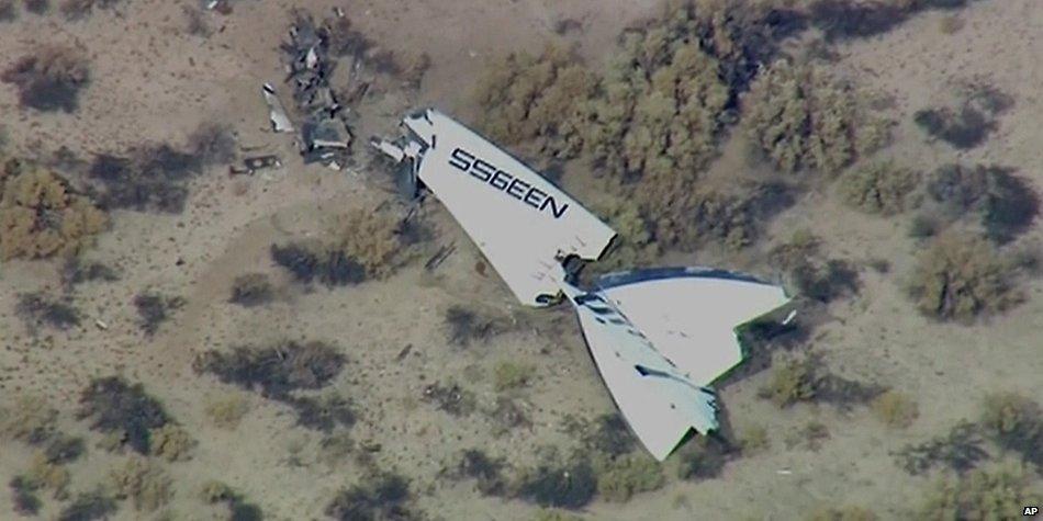 Virgin Galactic's SpaceShipTwo Crashes: 1 Dead, 1 Injured  B1TBkVAIgAArrAz