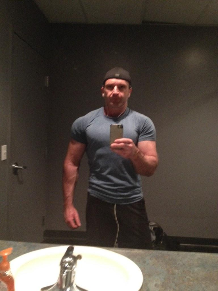 Chris Shugart on Twitter   quot My Halloween costume is douchey guy with backwards cap who takes bathroom mirror selfies at the gym  http   t co b7oYzRTpHN quot. Chris Shugart on Twitter   quot My Halloween costume is douchey guy