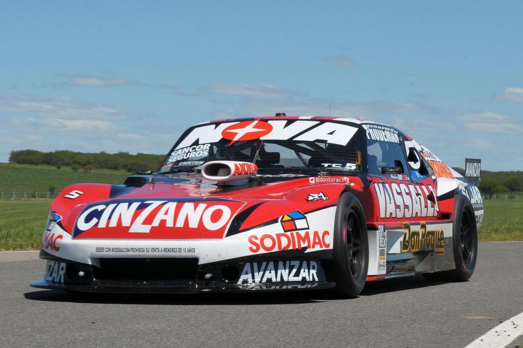 Turismo Carretera |  Matías Rossi hizo la pole en Toay