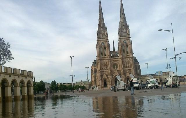 Alivio en Luján: el río ya bajó más de 55 centímetros