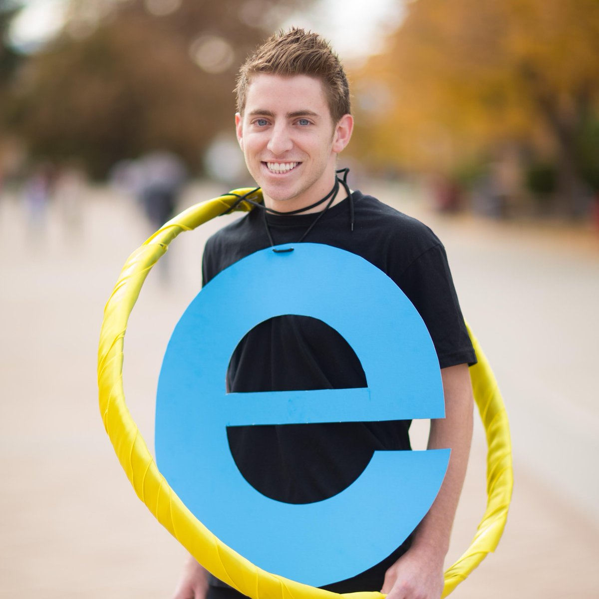 Brilliant RT @MKBHD RT @BYU This guy has been walking around campus very slowly. #BYUHalloween http://t.co/48ytekcOKQ