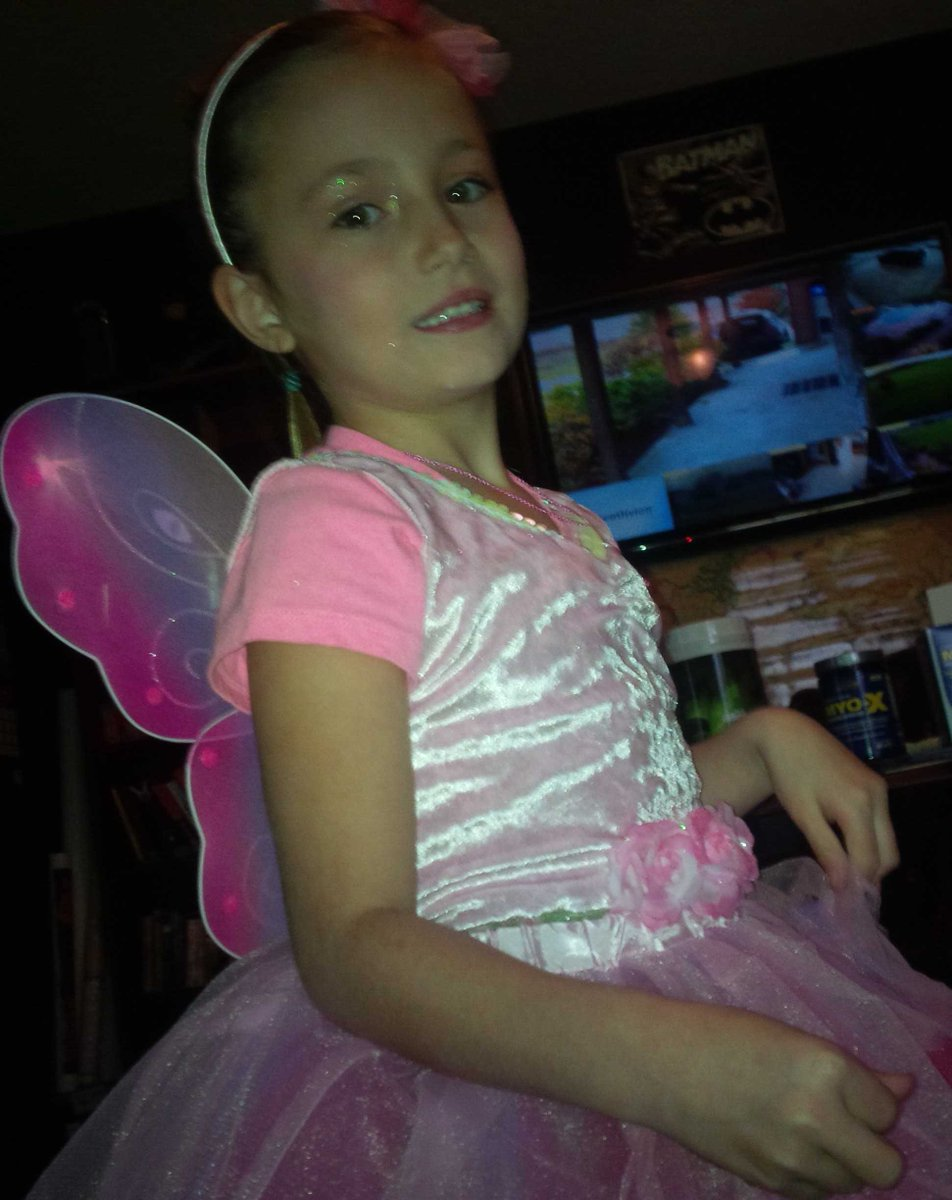 You are so beautiful @JazmynBieber #happyhalloween http://t.co/RQBTY3jywd