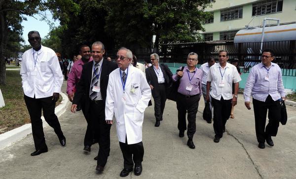 Cuba to Host International Course against Ebola