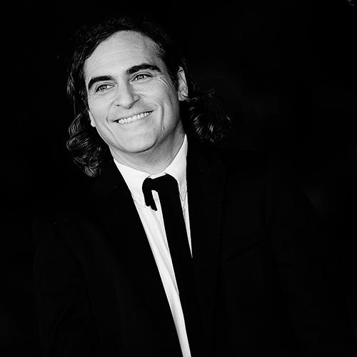Joaquin Phoenix, the actor with the coolest name in Hollywood, is our ELLE Man of the Week http://t.co/QW92GKCNyd http://t.co/7WqTYCjR0S
