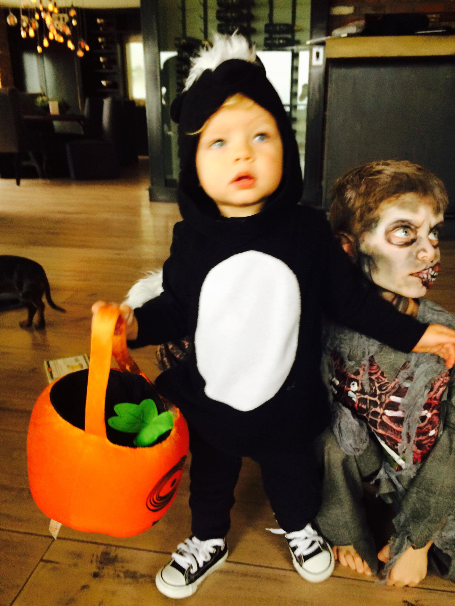 First trick or treat!!! Daddy's lil stinker. :) http://t.co/PIkWIuZbEt http://t.co/TBMjo19TmL