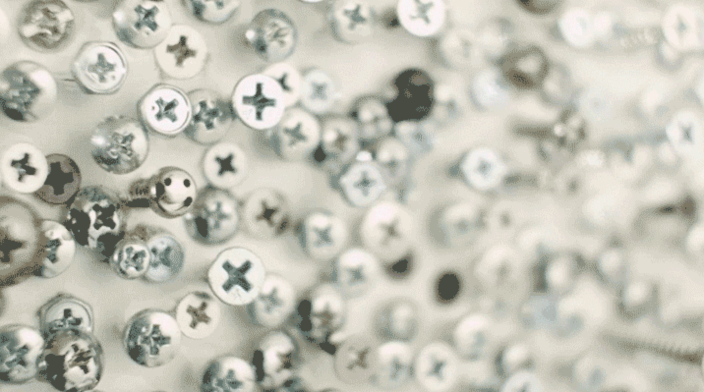 Think you could find the one smile among the 36,445 screws? http://t.co/TUqCBtZ2JO  #NFTO http://t.co/fWBjej7hLq