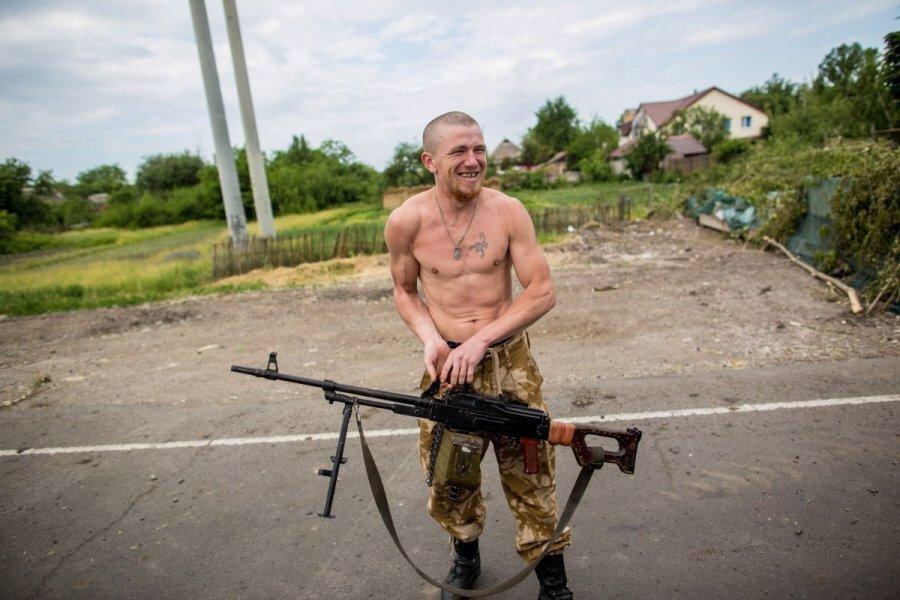 """""""Подарков мы вам здесь оставили. Еще 20 лет после войны разминировать будете. Готовьтесь, с#ки"""", - боевики заминировали часть Донецка - Цензор.НЕТ 3735"""