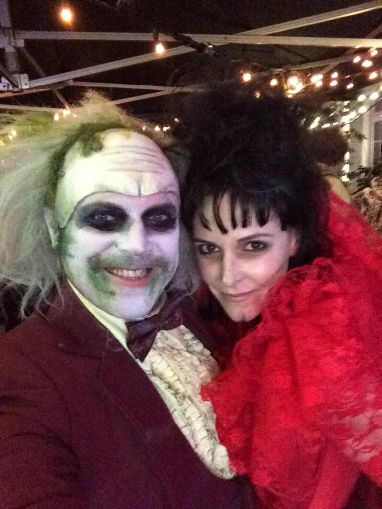 Here's costume number 2 of the evening with my lovely wife. Ace night! http://t.co/l38oErxOf4