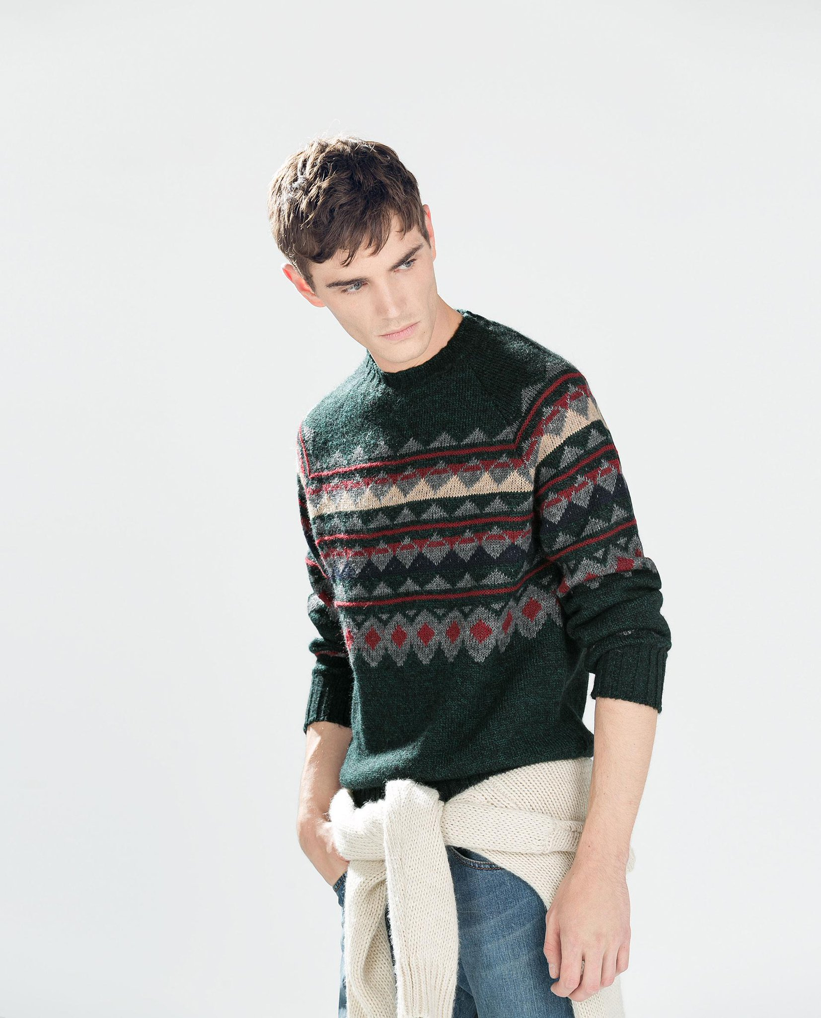 Start your holiday shopping early! Our favorite cozy picks for the men in your life: http://t.co/xJKsHoPQh9 http://t.co/KGcqhd732N
