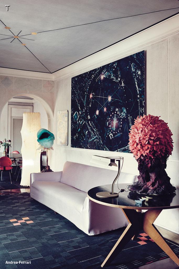 Tour the Milan home of design gallerist Nina Yashar #NilufarGallery http://t.co/6h0EXNi82y http://t.co/GaYHQ4wLuz