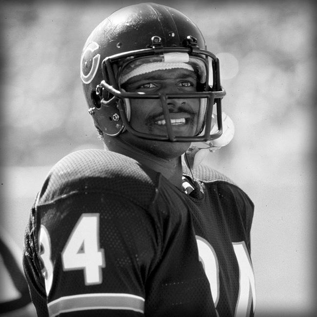 Today, the #Bears fondly remember Sweetness. 7/25/53 – 11/1/99 http://t.co/ejG7Qpoyum http://t.co/svQX4AxD71