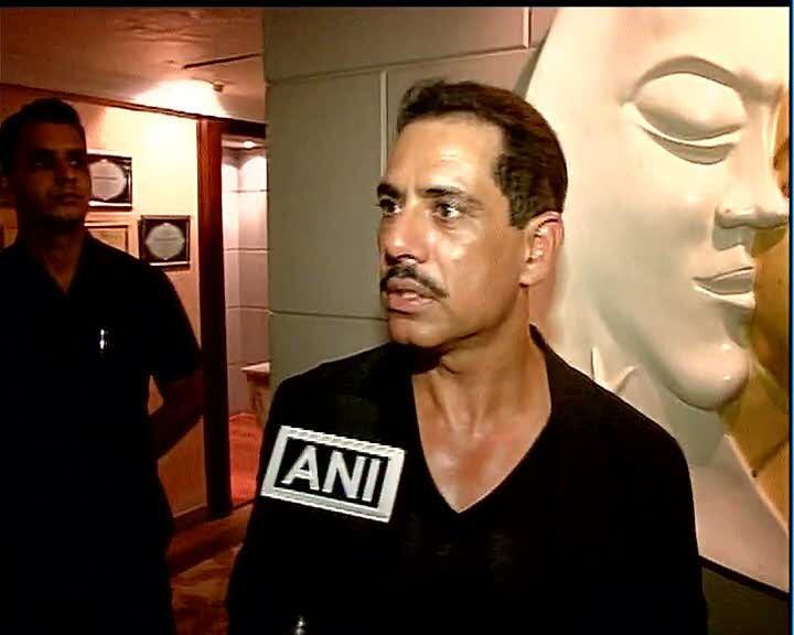Are you serious, are you serious: Robert Vadra when asked on his land deals http://t.co/KoYFURGhHf