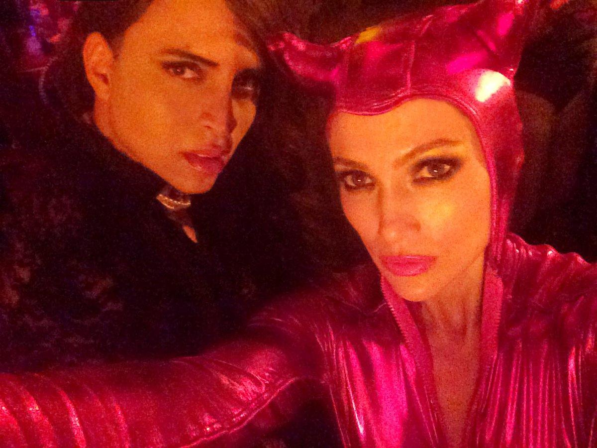 The hottest little devil on earth !!! Selfie by @jlo the pro! #stevengomillion #jenniferlopez http://t.co/QlFnKXm6bs