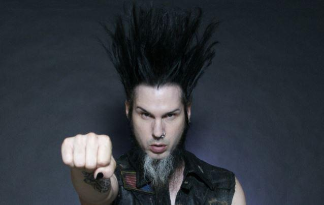 STATIC-X Frontman WAYNE STATIC Dead At 48 http://t.co/TEW05F5rqZ http://t.co/NgwWZSwEDm