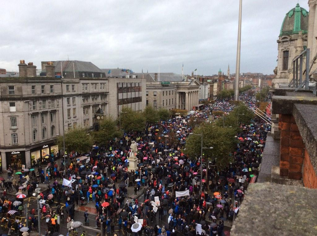 Ireland's Streets Turn to Rivers of People, 1 Million, Wiping Out New Tax on Water #IrishWater  B1ZFUkRCYAARqK4