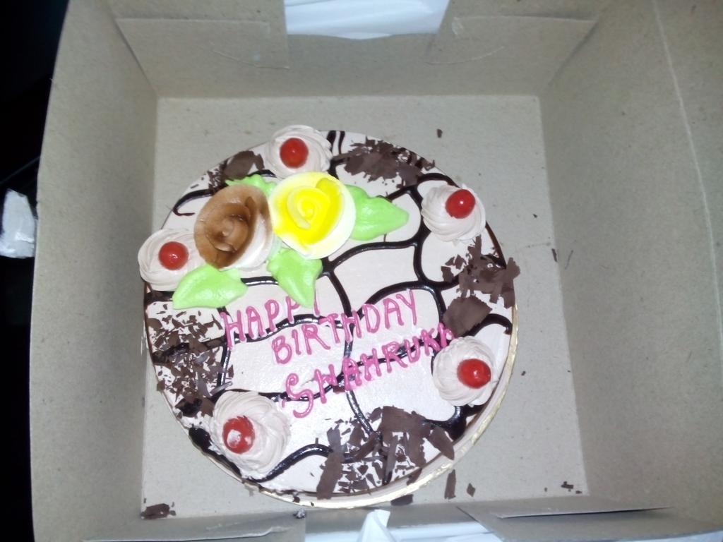 Mayur Kashyap On Twitter Quot My Birthday Cake For Srk