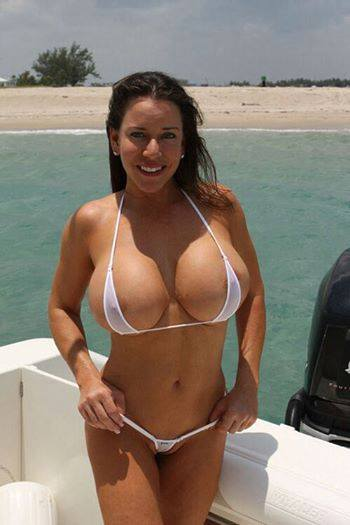 D cup breast implants cost