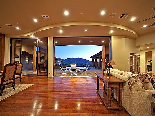 Living in luxury: Top features in million-dollar homes. via  @azcentral  #luxury #RealEstate http://t.co/xCroYRBq4X http://t.co/NVioWCyDsv