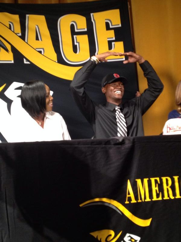 Absolutely huge commitment for the #Buckeyes today in 5-star QB @quick_tg6 out of Plantation, Florida. http://t.co/7eF6QQagNj