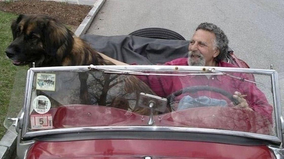 Tom Magliozzi, co-host of @CarTalk, dies at age 77 http://t.co/4LDSASVs01 #RIPTom http://t.co/ZZoaGmfwFf