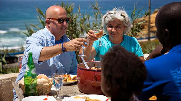 Tune in NOW for a new #BizarreFoods with @andrewzimmern in Lisbon, Portugal! RT if you're watching. http://t.co/4QszdByHmm