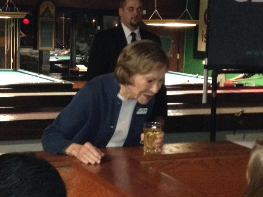 Yes, that's former first lady Rosalynn Carter drinking a tumbler of chardonnay at brew pub http://t.co/mS51hTgQMN