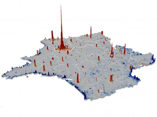 A population density map of France derived from cellphone records