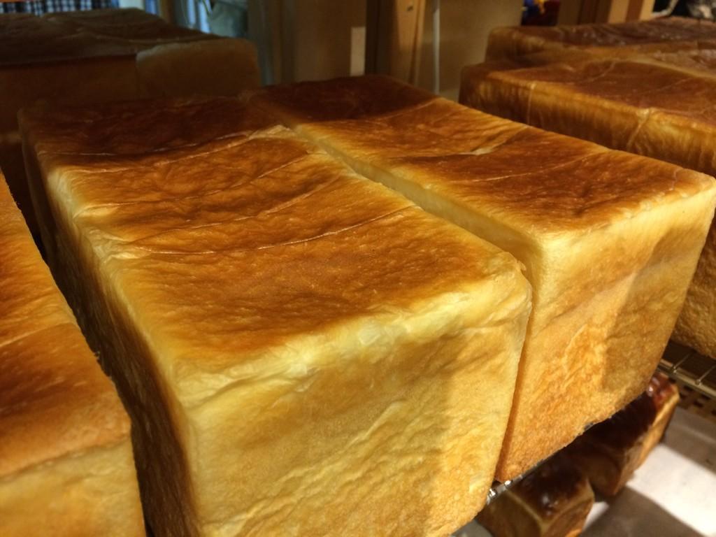 コトリ食パン