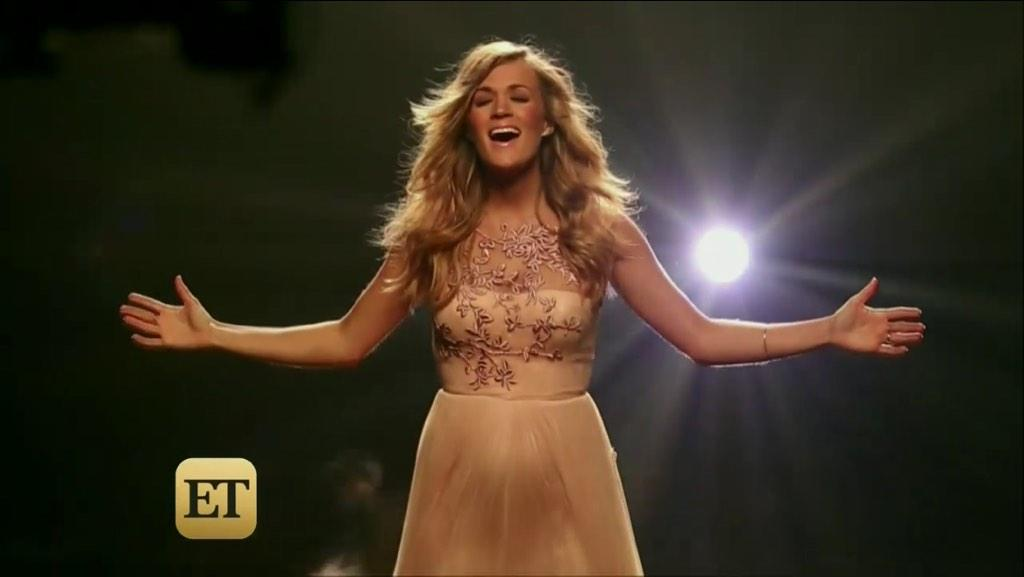 Get ready... @carrieunderwood's #SomethingInTheWater music video will debut right here on Twitter this Wednesday! http://t.co/sfDBGxW8rN