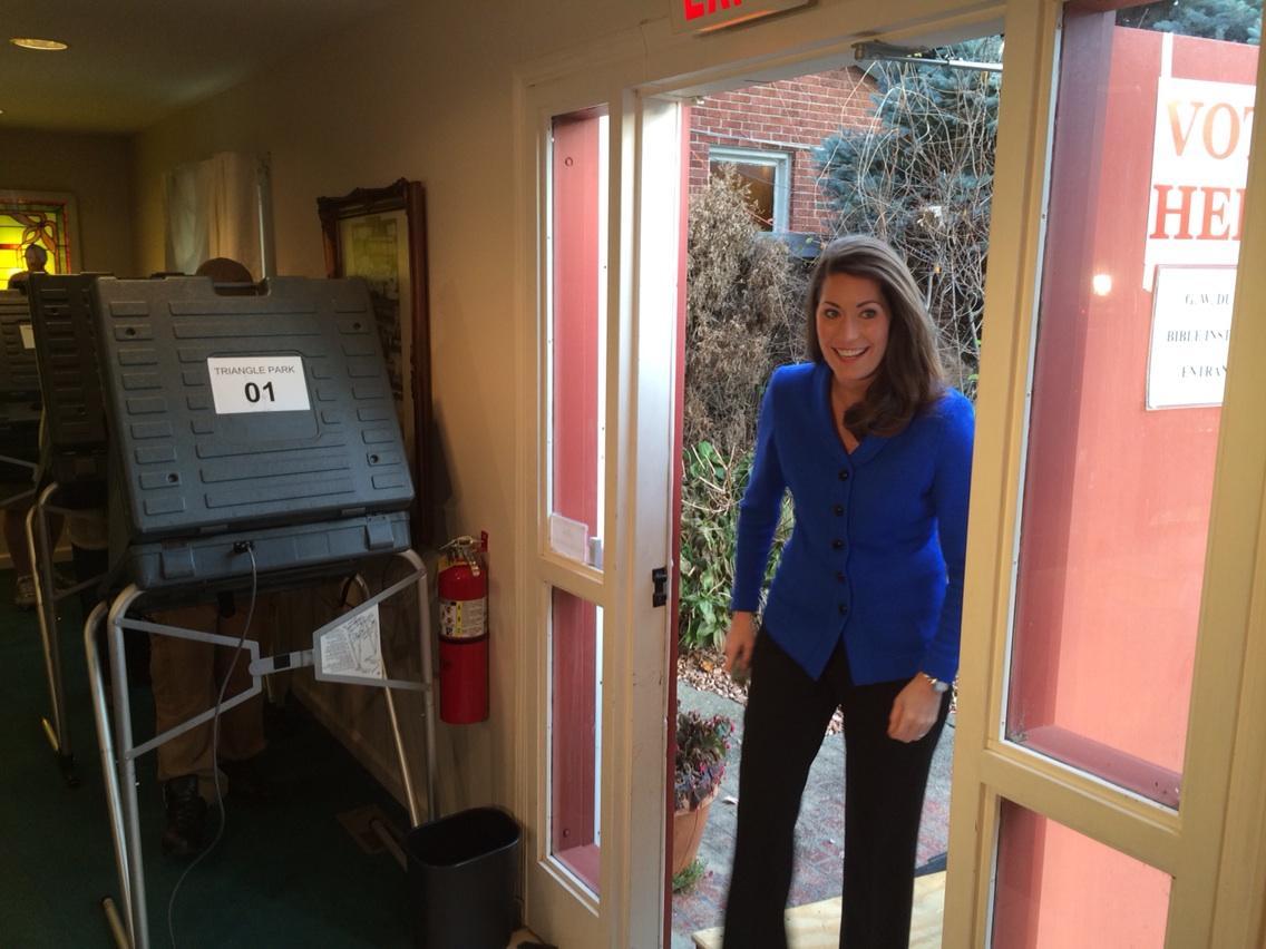 @AlisonforKY walks in to vote in Lexington #cnnelection @cnnpolitics http://t.co/ej0XyYfFE4