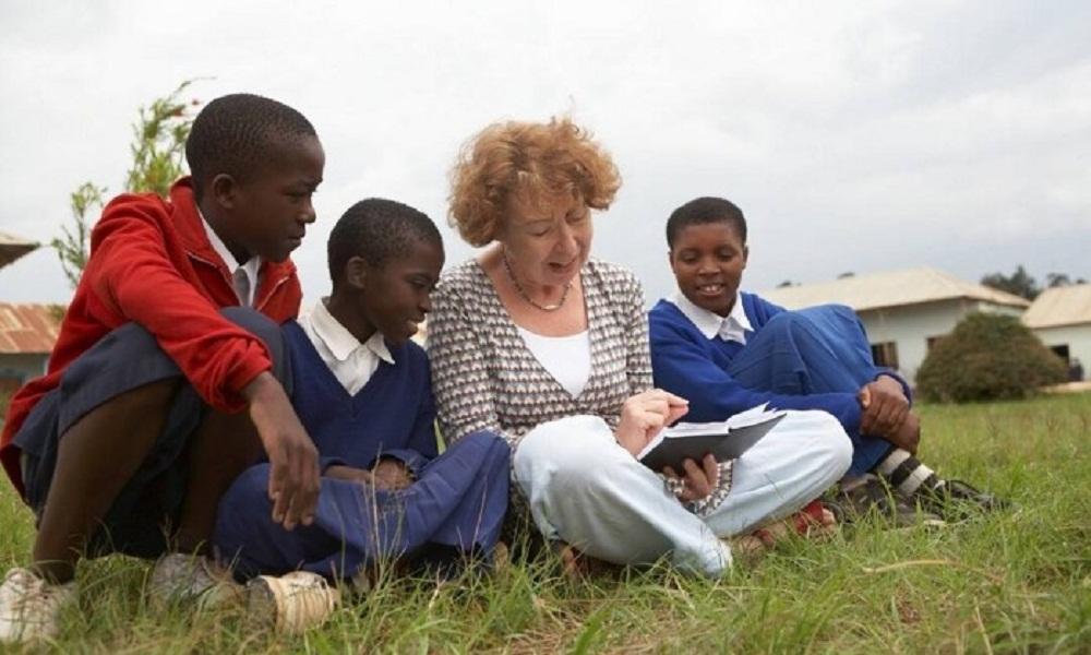 Idealizadora do projeto de educação feminina na África ganha o WISE Prize. http://t.co/CEjp9Sir8s http://t.co/GE6BhlNymn