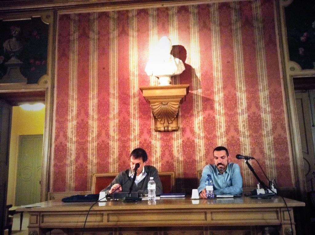 E @GabriConte di @gliAironi_Riso ci parlerà di riso,anzi,ci racconterà come sottolinea @CarloVischi #socialfoodewine http://t.co/3t9ywF2Jbc