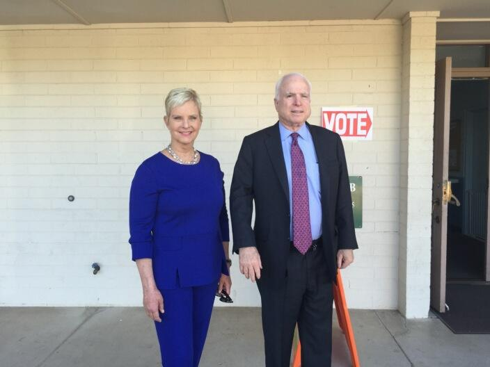 Just voted in #Phoenix with @CindyMcCain! #ElectionDay http://t.co/DC0ecQHCmN