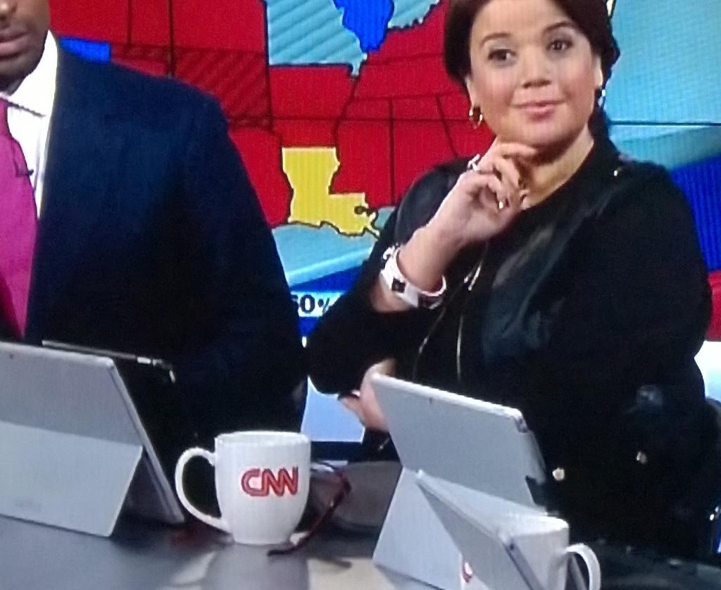 "Ha Ha! RT @dcrane2: LOLOL ""@adamUCF: CNN commentators using Microsoft @surface tablets as iPad stand. Facepalm. http://t.co/wwIdqH9omv"""""